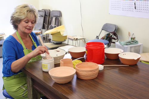 Making pottery in Vermilion